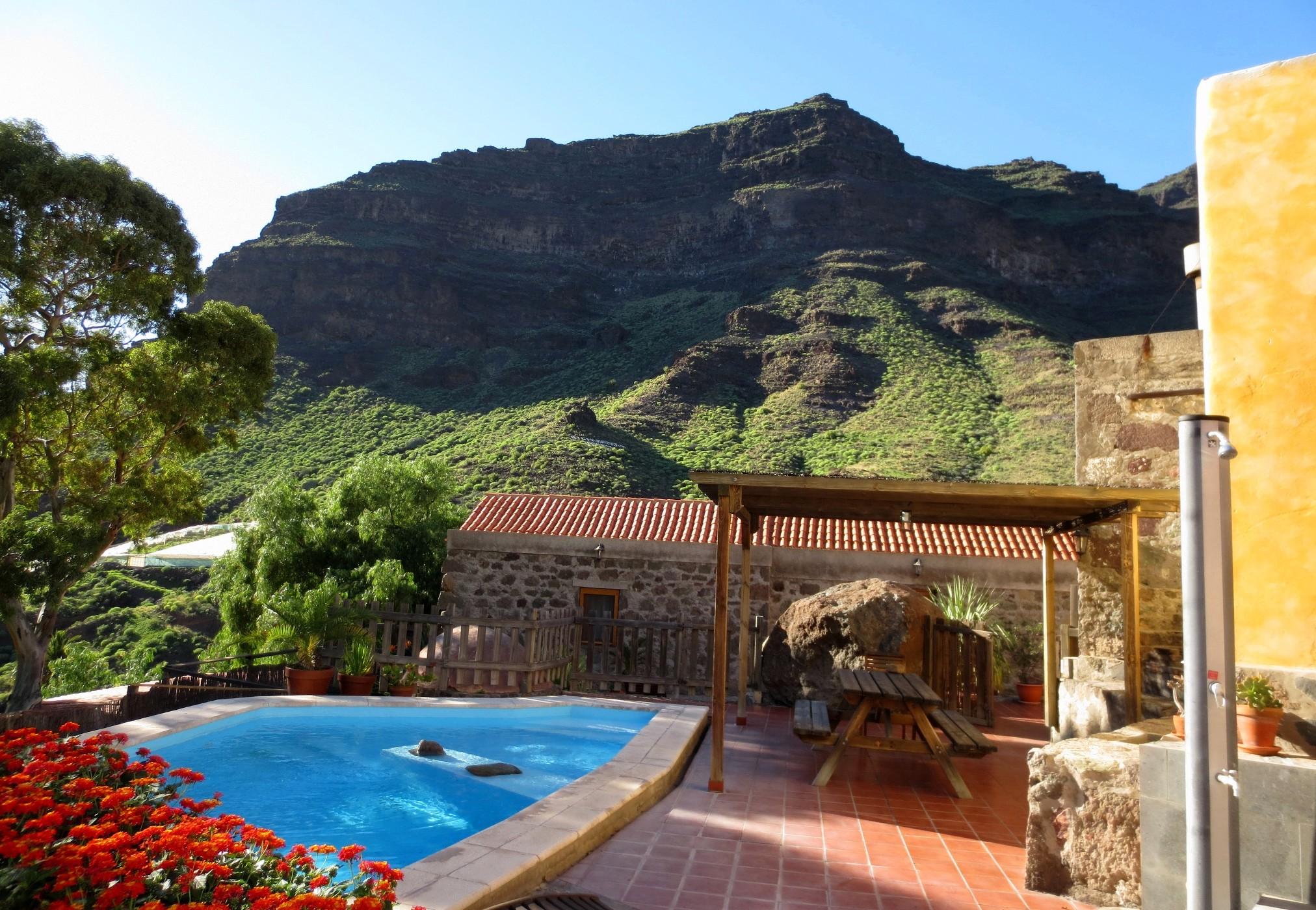 Villa de alquiler con piscina privada en gran canaria for Alquiler villas con piscina privada
